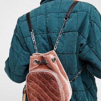 Маленький рюкзак велюровый