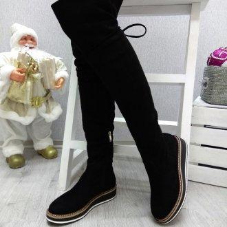 Ботфорты без каблука на толстой подошве