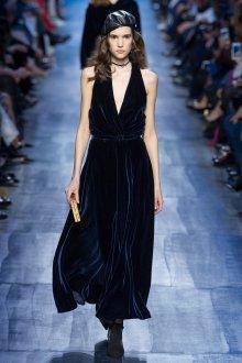 Бархатное платье dior 2021