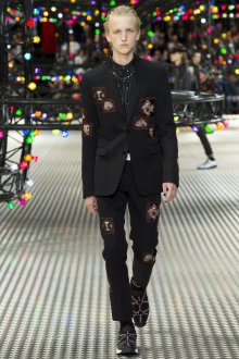 Мужской костюм Dior 2019