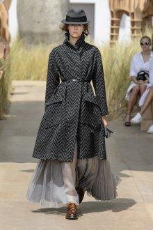 Классическое пальто Dior 2019