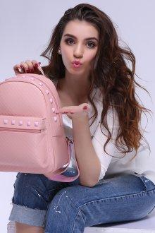 Розовый рюкзак с декором