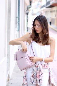 Розовый рюкзак повседневный