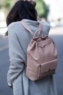 Розовый рюкзак светлый
