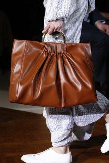 Деловая сумка из коричневой кожи