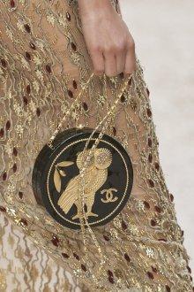 Круизная коллекция шанель сумки 2018