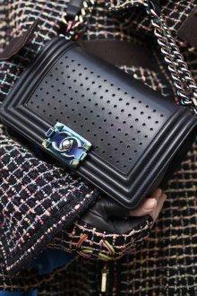 Шанель 2019 сумка с перфорацией
