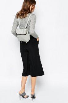 Серый рюкзак с юбкой