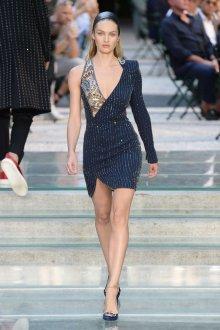 Кэндис Свейнпол Versace