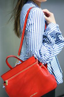 Красный рюкзак сумка