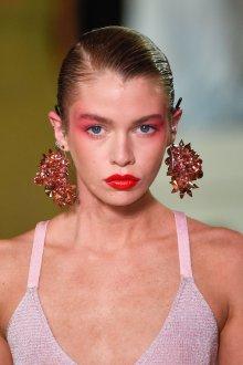 Летний красный макияж