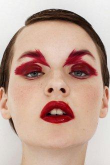 Красный макияж тематический