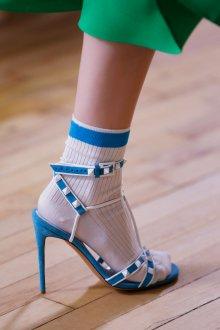 Голубые туфли валентино
