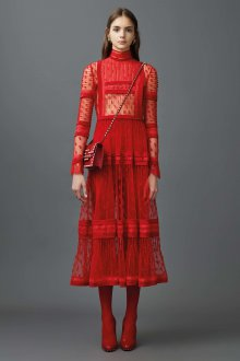 Valentino red кружевное платье