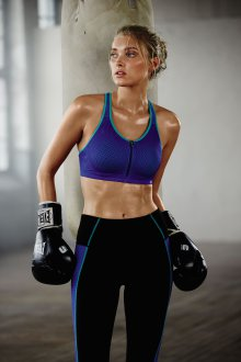 Спортивный бюстгальтер дышащий