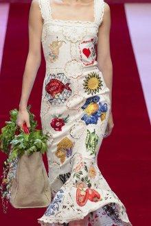 Дольче габбана 2019 белое платье