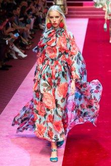 Дольче габбана 2019 платье