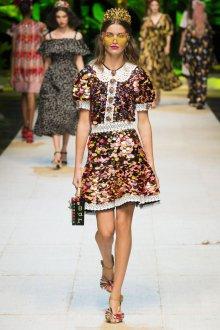 Дольче габбана весна лето 2019 платье с пайетками