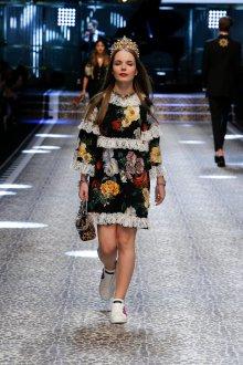 Дольче габбана осень зима 2019 короткое платье