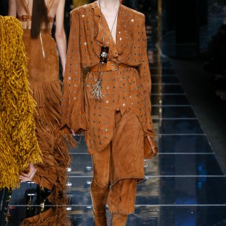 Бальман 2019 замшевый костюм