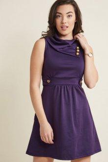 Платье для женщины 40 лет офисное короткое