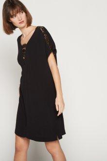Платье для женщины 40 лет оверсайз