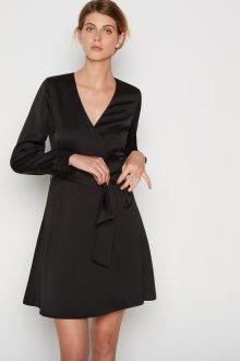 Платье для женщины 40 лет на запах