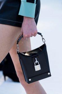 Бренды сумок Louis Vuitton маленькая