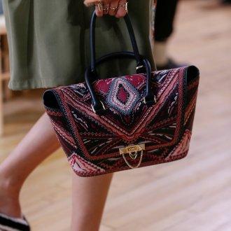 Бренды сумок Valentino с узором