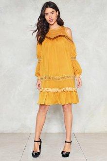 Платье оверсайз желтое