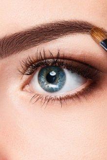 Макияж бровей для голубых глаз