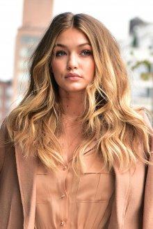 Брондирование 2019 соломенных волос