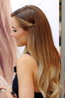 Мелирование 2019 обратное на длинные волосы