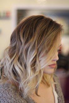 Мелирование 2019 на среднюю длину волос