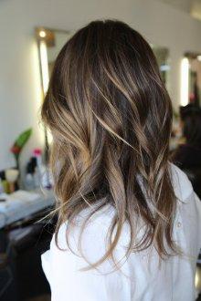 Мелирование 2019 на темные волосы