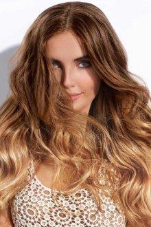 Мелирование 2019 на вьющиеся волосы