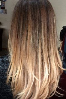 Окрашивание волос 2019 со светлыми кончиками