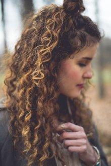 Сомбре на кудрявые волосы 2019