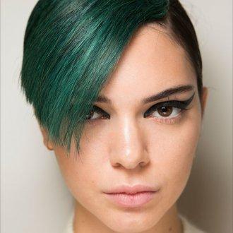 Окрашивание волос 2018 в зеленый
