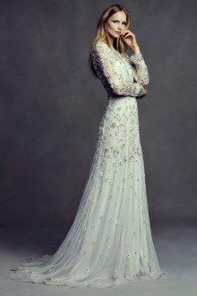 Свадебное платье 2020 с цветочной вышивкой