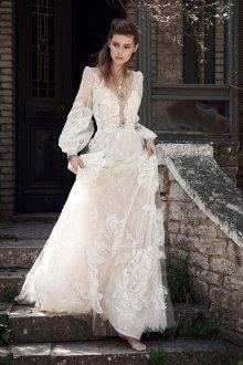 Свадебное платье 2020 с крупными цветами