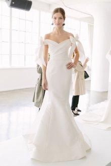 Свадебное платье 2019 плотное с бантами