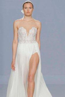 Свадебное платье 2020 с разрезом на юбке