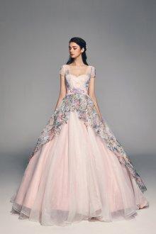 Свадебное платье 2020 розовое с вышивкой