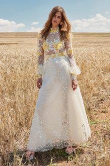 Свадебное платье 2020 с желтой вышивкой