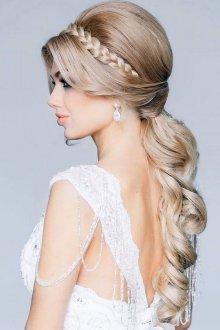 Свадебная прическа 2019 для блондинок