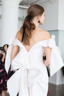 Свадебная прическа 2018 мода