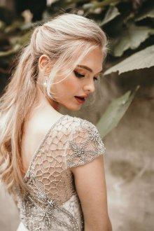 Свадебная прическа 2019 модная