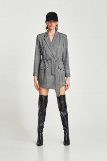 Платье пиджак с ботфортами