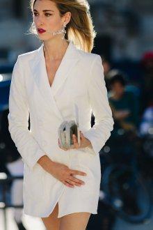 Платье пиджак белое приталенное